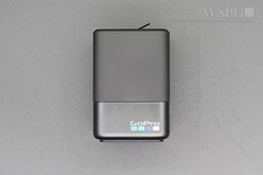GOPRO 5/6 BATTERY CHARGER + BATTERY UNBOX (undies01) Tags: hero5 hero6 black 專用雙電池充電器 aadbd001 電池 aabat001 開箱 unbox