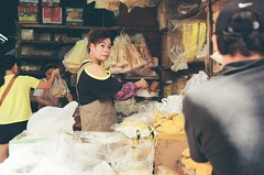 Canon QL17/Lomo100/autumnHK (小點麻子) Tags: canonql17 lomo100 lomo films film lomography autumn hk streetshooting hongkong