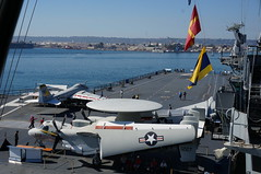 "E-2C Hawkeye aboard the USS Midway • <a style=""font-size:0.8em;"" href=""http://www.flickr.com/photos/28558260@N04/37657464474/"" target=""_blank"">View on Flickr</a>"