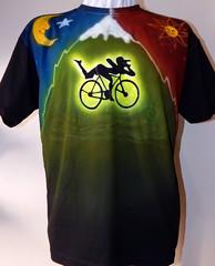 fluor (Dado Art - Aerografias) Tags: fluor fluorescente psicodelica camiseta feitoamão tshirt psy bike100 bike100years doce candy lsd