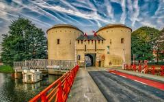 La Porte de Bruges (HDR) (ΨᗩSᗰIᘉᗴ HᗴᘉS +22 000 000 thx) Tags: bruges flandres belgium belgique bélgica aa hdr 3exp europe europa hensyasmine yasminehens town city water