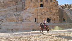 JORDANIA (Grace R.C.) Tags: jordania petra animal caballo horse jinete