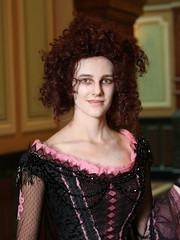 "Mrs. Lovett 1 (from ""Sweeny Todd"") (greyloch) Tags: dccosplays cosplay costume unedited canonrebelt6s 2017 moviecharactercostume moviecharacter canonef50mm portrait colorprofile smithsonian nationalportraitgallery"