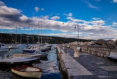 Volosko: lukobran i dio luke (MountMan Photo) Tags: volosko luka lukobran primorskogoranska croatia liburnia landscape oblaci obala