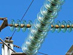 Aislantes (Franco D´Albao) Tags: francodalbao dalbao lumix aislantes cristal vidrio glass insulators electricidad electricity energía power energy cables potencia instalación