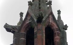 Treysa (OT von Schwalmstadt): Wasserspeier am Turm der Hospitalskapelle (fotonordhessen) Tags: schwalmstadt treysa wasserspeier hospitalskirche kirche