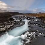 Islandia, Cascada azul de Bruarfoss. thumbnail