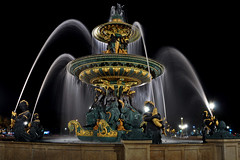 Fontaine des Mers, Place de la Concorde, Paris, France. (natureloving) Tags: fontainedesmers placedelaconcorde paris france fountain nightshot nautreloving nikon d90 nikonafsdxnikkor18300mmf3563gedvr