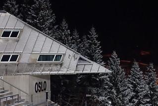 Novembersnø i Holmenkollen
