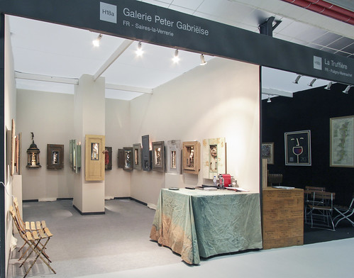 Box art by Peter Gabriëlse exhibition booth at Antica Namur Fine Art Fair