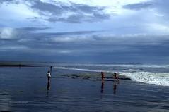 Archipiélago de Chiloé. (luisarmandooyarzun) Tags: chiloé google flickr fotografía nikon sudamérica sur vacaciones azul marina landscape landscapephotography cucao chile océanopacífico mar beach playa