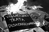 Violaciones - Trata - Desapariciones (efdiversas) Tags: alerta feminista pancarta fuego