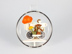 Stroller in a Bauble 1 (modestolus) Tags: stroller bauble lego legomoc legobrick legobuilding legonerd afol christmas present moc secretsanta santa christmascalendar newborn roguebricks