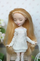 Tunic, stockings and leg warmers (Elena_art) Tags: eah everafterhigh ooak handmade outfit etsy apple white