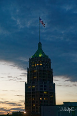 Tower Life Building (dcstep) Tags: dsc9194dxo sonya9 canonef24105mmf4lisii metaboneseftofetadaptermkv handheld sanantonio riverwalk hilton allrightsreserved copyright2017davidcstephens dxophotolab101