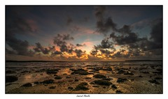 Ambiance à l'aube (Laurent Asselin) Tags: ambiance aube leverdesoleil soleil sunrise ciel nuages mer eau océan plage couleurs paysage guyane kourou