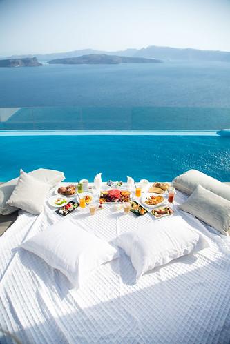 Astarte Suites Hotel in Santorini, private pool breakfast