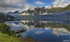 Morning mist on Hardangerfjord (AdelheidS Photography) Tags: adelheidsphotography adelheidsmitt adelheidspictures norway norge noorwegen norwegen noruega norvegia nordic norvege norden hardanger hardangerfjord fjord scandinavia scenery sørfjord water snow mountains landscape reflection reflect mirror clouds jetty earlymorningphotos morning hordaland