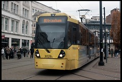 No.3028 en route to Altrincham (zweiblumen) Tags: 3028 metrolink manchester greatermanchester england uk publictransport tram altrincham piccadillygardens canoneos50d canonef35mmf2 polariser zweiblumen