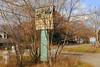 Deep End Tavern & Grill, Lake Villa, Illinois (Cragin Spring) Tags: illinois il midwest unitedstates usa unitedstatesofamerica sign lakecountyil deependtavern grill abandoned lakevilla lakevillail lakevillaillinois
