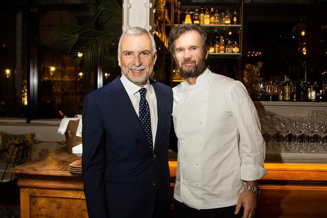 Carlo Cracco cocina por la cena de cierre de la Semana de la Cocina Italiana en el Mundo