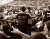 AC DC en Madrid (Caty V. mazarias antoranz) Tags: rip acdc descanseenpaz angusyoung tributetomalcolmyoung malcolmyoung mueremalcolmyoung