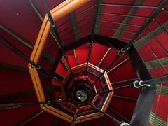 Geometrie (chiara7171) Tags: palazzorossogenovagenoaliguriaitaliaitalyvisitgenoavisitliguriarollimusei museidistradanuova unesco museidigenova scale scaleachiocciola spiral ladder stair