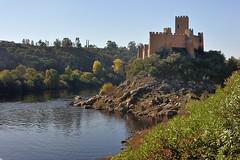 Castelo de Almourol (TerePedro) Tags: almourol vilanovadabarquinha santarém portugal castillo chateau castle castelo schloss