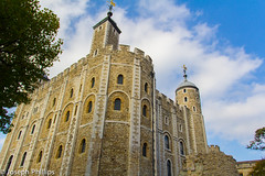 The Tower of London (breakfast_pizzas) Tags: tower london toweroflondon londontower england londonengland castle medieval medievalcastle stone stonework masonry monarch crown crownjewels jewels englishmonarchy blue bluesky clouds outdoors tree canon canon60d canonphotography