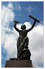 Contrapicado, Monumento a la Paz 1955, Karlstad (Suecia)   Ruta: Estocolmo - Karlstad E18 (Guijo Córdoba fotografía) Tags: escandinavia suecia sweden karlstad ce guijocordoba nikond7100 nikonflickraward flickrtravelaward theperfectphotographer autofocus escultura monumento paz suecianoruega soldado casco contrapicado cielo nube