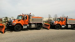 New Jersey Turnpike Authority 2018 International Workstar 7500 SFA 4x2 dump-plows_2 (JMK40) Tags: international workstar 7500 navistar n10 allison henderson nj turnpike state highwaydepartment government municipal snow plow sander dump truck