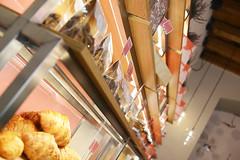 DSC_2532 (fdpdesign) Tags: pasticceria parigi marmo legno vetro serafini lampade pasticcini milano milan italy design shopdesign lapâtisseriedesrêves italia arredamento arredamenti contract progettazione renderings acciaio bar