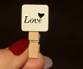 ~Love...right at my fingertips!~