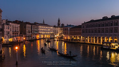 Venedig_MSC9129 (! . Michael Schultes . !) Tags: fotoreise workshop venedig venezia venice italien italia italy magic hour blaue stunde grande canale gondel