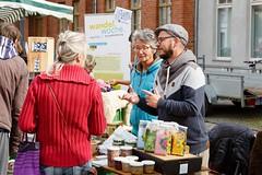 """Abschluss Wandelwoche auf dem Markt der regionalen Möglichkeiten in Kyritz 2017 • <a style=""""font-size:0.8em;"""" href=""""http://www.flickr.com/photos/130033842@N04/37675364374/"""" target=""""_blank"""">View on Flickr</a>"""