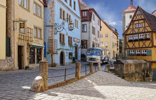 ロマンチック街道ヴュルツブルクとローテンブルク1日観光(ロマンチック街道のオプショナルツアー)