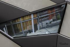 ZGZ201606_32R_FLK (Valentin Andres) Tags: aragon españa expo2008 reflejo spain zaragoza pabellón pavilion reflection ventana window