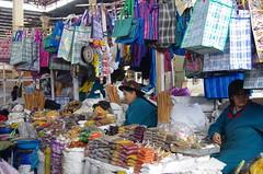 Cuzco, food Market, Mercado, Marché, 10/2017 (jlfaurie) Tags: marché mercado market food alimentaire alimenticio fruits frutas queso cheese fromage légumes verduras mechas mpmdf jlfaurie jlfr pérou peru dry épicerie secos