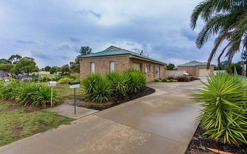 25B Pinot Crescent, Corowa NSW