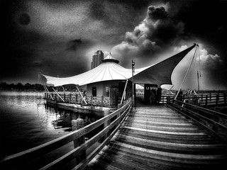 - le bridge -  #beach #beachscape #beachscene #blackandwhitephotography #blackandwhitephoto #blackandwhite #bw #bwphotography #bnw #bnwphotography #monochrome #monochromephotography #other #freestyle