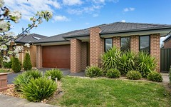 7 Cowes Close, Cranbourne North VIC