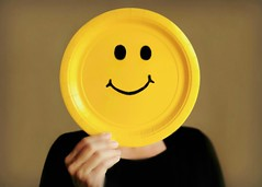 ~When you're smiling...when you're smiling...the whole world smiles with you.... (nushuz) Tags: selfmadesmiley smileonsaturday daughter yellowpaperplate blacksharpie cuteandinteresting whenyouresmilingwhenyouresmiling thewholeworldsmileswithyou adorable mygirl hopethismakesyallsmiletoday rememberingalloftheveteranstoday paperplateheadlol