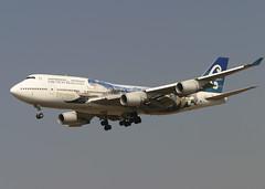 ZK-SUJ_747-4F6_ANZ_KLAX_7170 (Mike Head - Jetwashphotos) Tags: boeing 747 747400 7474f6 nz anz airnewzealand lax klax losangelesinternationalairport ca californiastate socal southerncalifornia us usa america