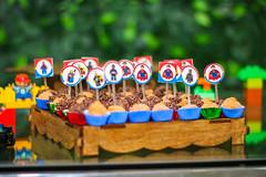 (yuricarnelos) Tags: kids kid fun diversão divertido aniversário birthday bolo cake doces candy candies family família amigos friends friend child infantil children husband wife son marido mulher esposa filhos