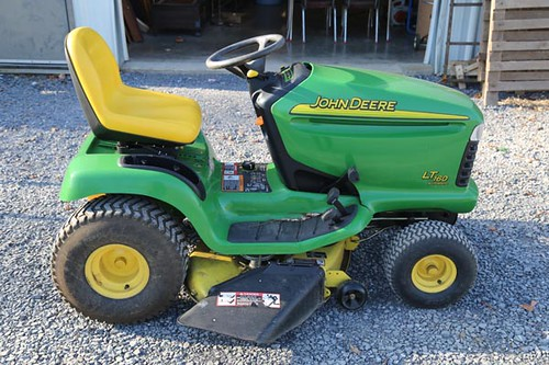 John Deere LT160 Riding Mower w/ Only 470 hours ($980.00)