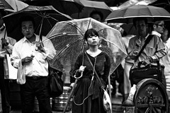 Umbrella Portrait (Victor Borst) Tags: street streetlife streetphotography reallife real realpeople asia asian asians faces face canon5dmarkii candid canon travel travelling trip traffic traveling urban urbanroots urbanjungle blackandwhite bw mono monotone monochrome city cityscape citylife portrait umbrella umbrellas raw rain rainy raining tok tokyo japan japanese