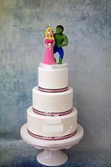 Sleeping Beauty & Hulk Wedding Cake (toertlifee) Tags: törtlifee sleepingbeauty sleeping beauty hulk dornrösschen disney wedding cake hochzeitskuchen toertlifee torte festlichetorte torten hochzeit hochzeitstorte weddingcake