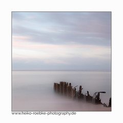 Meeresrauschen / sounds of the sea (H. Roebke (offline for a while)) Tags: canon1635mmf28lisiii de canon5dmkiv color meer küste himmel germany langzeitbelichtung sea nordfriesland 2017 farbe strand landschaft landscape beach sky seascape ozean longtimeexposure lightroom sylt