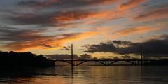 L'Elorn au Passage devant le Pont de l'Iroise, (Echappées Breizh by Joel MARC) Tags: echappe breizh pont iroise le passage ploygastel daoulas joel marc photo bretagne finistere coucher de soleil brittany landscape bridge brest elorn rade sunset