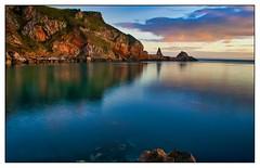 Anstey's Cove at Sunrise (simondayuk) Tags: ansteys cove sunrise dawn torquay devon coastal landscape nikon d5300 kitlens